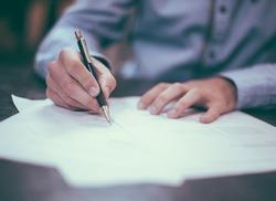 Сбор необходимых документов для продажи коммунальной квартиры